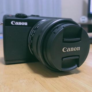 キヤノン(Canon)の【超美品】Canon EOS M100 ブラック レンズキット(ミラーレス一眼)