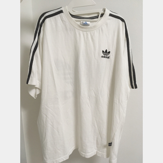 アディダス(adidas)の【古着】adidas Tシャツ(Tシャツ/カットソー(半袖/袖なし))