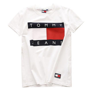 TOMMY HILFIGER - TOMMY HILFIGER Tシャツ