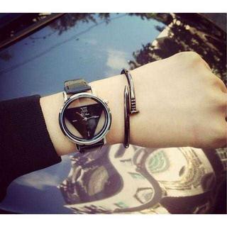 TA250 送料無料♪トライアングルウォッチ 黒腕時計 単品