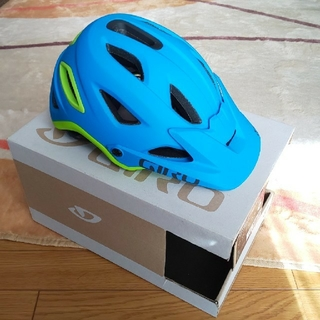 ジロ(GIRO)のGIRO サイクルヘルメット BLUE/LIME サイズM(ウエア)