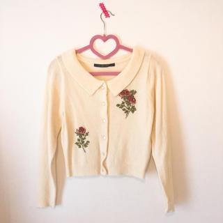 アンアナザーアンジェラス(an another angelus)の薔薇の刺繍トップス(ニット/セーター)