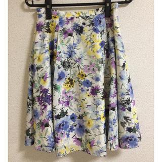 ボタニカルスカート