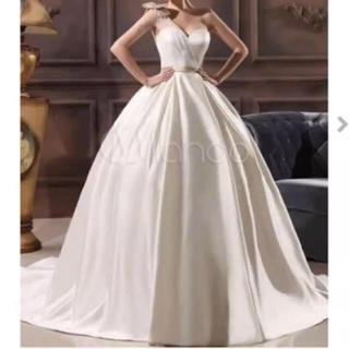 新品 海外セミオーダー ウエディングドレス