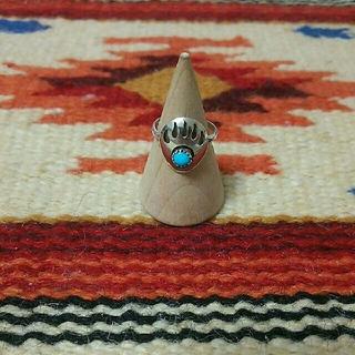 インディアン(Indian)のインディアンジュエリー ナバホ族 ベアパウ ターコイズシルバーリング (リング(指輪))