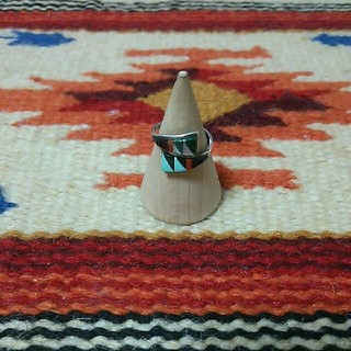 インディアン(Indian)のインディアンジュエリー ズニ族 インレイ シルバーリング ターコイズ シェル(リング(指輪))