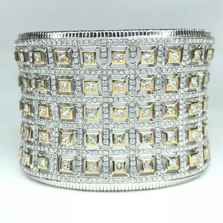 1358 ダイヤモンド 20.25ct WGK18 ホワイトゴールド バングル(ブレスレット/バングル)