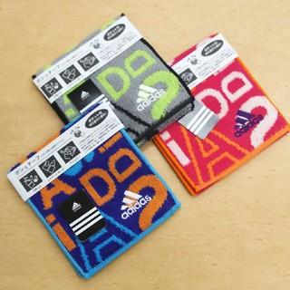 アディダス(adidas)の《期間限定‼️》【新品☆未使用】adidasポシェチーフ 3枚セット(ハンカチ)