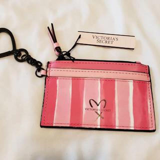 ヴィクトリアズシークレット(Victoria's Secret)の新品 ヴィクトリアシークレット カードケース キーホルダー パスケース (パスケース/IDカードホルダー)