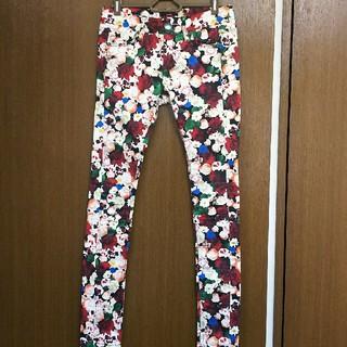 エモダ(EMODA)の美品❗EMODA(エモダ)の柄入りパンツ、ズボン(カジュアルパンツ)