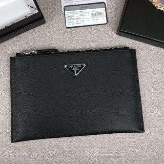 プラダ(PRADA)のPRADA プラダ サフィアーノ クラッチ 2NG001 ブラック(セカンドバッグ/クラッチバッグ)