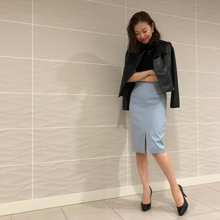 エムプルミエ(M-premier)のフロントスリットタイトスカート(ひざ丈スカート)
