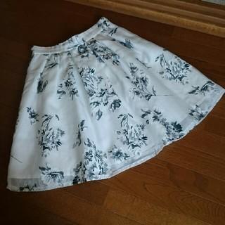 シマムラ(しまむら)のオーガンジースカート 花柄スカート マーキュリーデュオ ミッシュマッシュ(ひざ丈スカート)