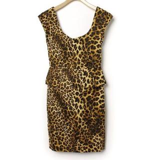 ザラ(ZARA)の新品未使用タグ付き ZARA タイト ミニワンピース 豹柄 レオパード ドレス (ミニワンピース)