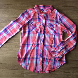 アバクロンビーアンドフィッチ(Abercrombie&Fitch)のアバクロ ピンクチェックシャツ(シャツ/ブラウス(長袖/七分))