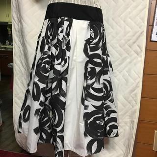 ザラ(ZARA)の美品 ザラ スカート(ひざ丈スカート)