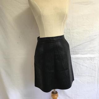 ザラ(ZARA)のフェイクレザースカート(ひざ丈スカート)