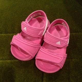 アディダス(adidas)のadidas ⭐ 美品 サンダル 12cm ベビー(サンダル)