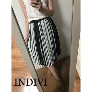 インディヴィ(INDIVI)の☆INDIVI☆モノトーンプリーツスカート(ひざ丈スカート)