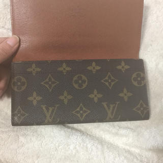 ルイヴィトン(LOUIS VUITTON)のビィトン財布!!(財布)