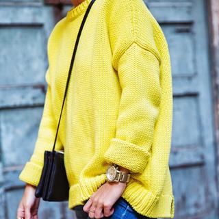 ザラ(ZARA)のZARA オーバーサイズ イエロー ニット ドロップショルダー 黄色 ザラ 厚手(ニット/セーター)