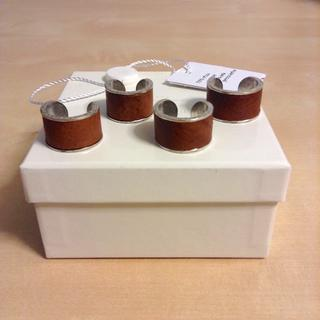 マルタンマルジェラ(Maison Martin Margiela)の新品■マルジェラ■四連リング■指輪■レザー■ブラス■3782(リング(指輪))