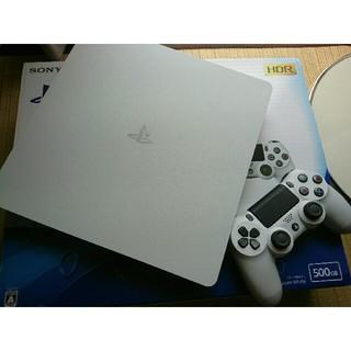 プレイステーション4(PlayStation4)のPS4 ホワイト 500GB(家庭用ゲーム本体)