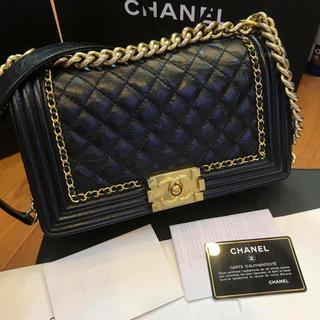 Chanel boy limited Mサイズ!!!