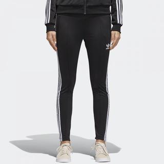 アディダス(adidas)のadidas♡ M  レディース SST TRACK PANTS(その他)