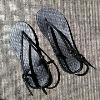 ハワイアナス(havaianas)のハワイアナス  スリム  ビーチサンダル  黒(ビーチサンダル)