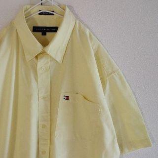 トミーヒルフィガー(TOMMY HILFIGER)のUS トミーヒルフィガー Yellow 半袖 シャツ L(シャツ)
