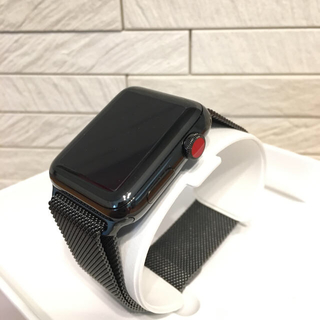 アップル(Apple)の【美品】AppleWatch 3 ステンレスブラック ミラネーゼループ(腕時計(デジタル))