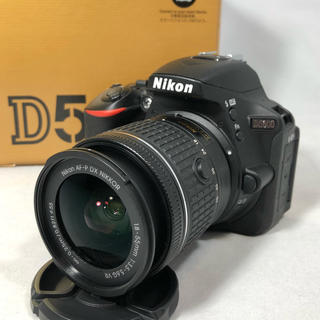 ニコン(Nikon)のNikon ニコン D5600ボディ AF-P 18-55レンズセット美品(デジタル一眼)