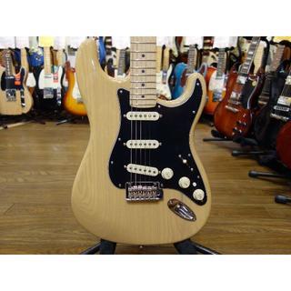 フェンダー(Fender)のチョイキズほぼ新品 Fender Deluxe Stratocaster(エレキギター)