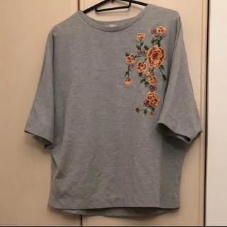 ザラ(ZARA)のZARA ザラ カットソー スウェット 刺繍(カットソー(半袖/袖なし))