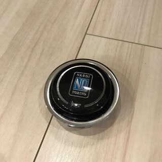 NARDI ホーンボタン(車内アクセサリ)