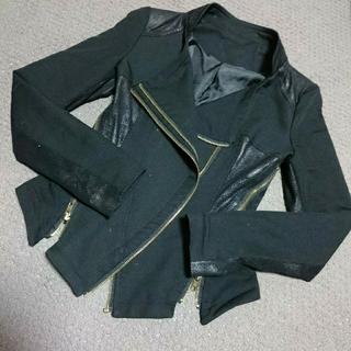エイチアンドエム(H&M)のテーラードジャケット ブラック 黒 d.i.a H&M ギャル 可愛い 美品(テーラードジャケット)