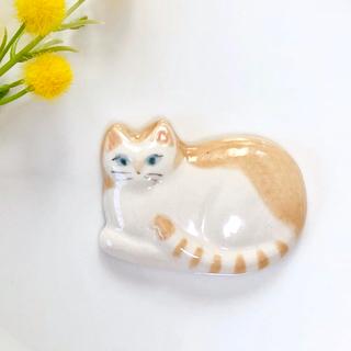 猫ちゃんブローチ ハンドメイド(コサージュ/ブローチ)