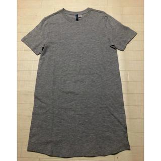 エイチアンドエム(H&M)のロングTシャツ(Tシャツ/カットソー(半袖/袖なし))