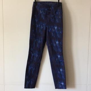 アンタイトル(UNTITLED)のリバーシブルパンツ くるぶし丈くらい 青白混合×濃紺 UNTITLED やや難有(スキニーパンツ)