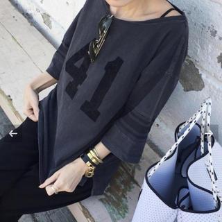 アパルトモンドゥーズィエムクラス(L'Appartement DEUXIEME CLASSE)の アパルトモン  REMI RELIEF Sleeve Line Tシャツ(Tシャツ(長袖/七分))