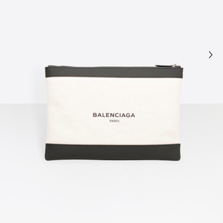 バレンシアガバッグ(BALENCIAGA BAG)の【新品】BALENCIAGA バレンシアガ ネイビークリップM(セカンドバッグ/クラッチバッグ)