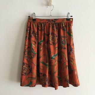 サンタモニカ(Santa Monica)のvintageレトロ古着スカーフ模様キャメルスカート(ひざ丈スカート)