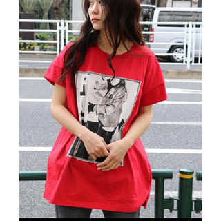 ジュエティ(jouetie)のjouetie FATE フォトBIG TEE  red 赤(Tシャツ(半袖/袖なし))