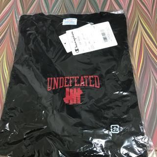 アンディフィーテッド(UNDEFEATED)の新品 UNDEFEATED champion Tシャツ 黒 L(Tシャツ/カットソー(半袖/袖なし))