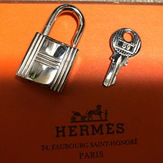エルメス(Hermes)の本物!エルメス バーキン ケリー用カデナ(ハンドバッグ)