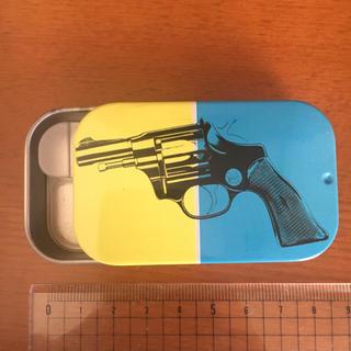 アンディウォーホル(Andy Warhol)のデザイン缶(小物入れ)
