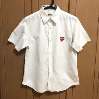 コムデギャルソン(COMME des GARCONS)のPLAY COMME des GARCONS Yシャツ白(シャツ/ブラウス(半袖/袖なし))