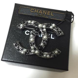 CHANEL -  シャネル CHANEL 13S coco パール ブローチ ブラック パール