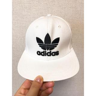 アディダス(adidas)のadidas 白キャップ(キャップ)